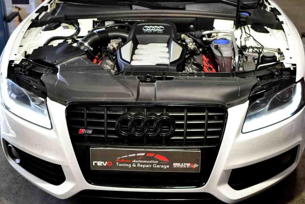 Основен ремонт на 4.2 V8 FSI - Audi S5 B8