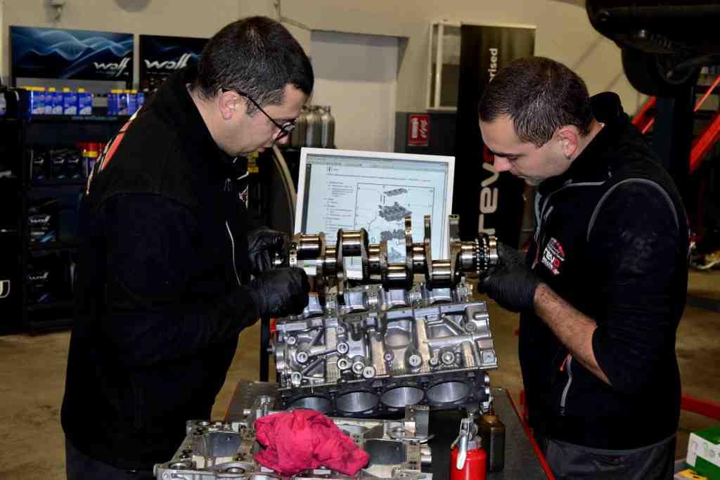 Ремонт и профилактика на двигатели