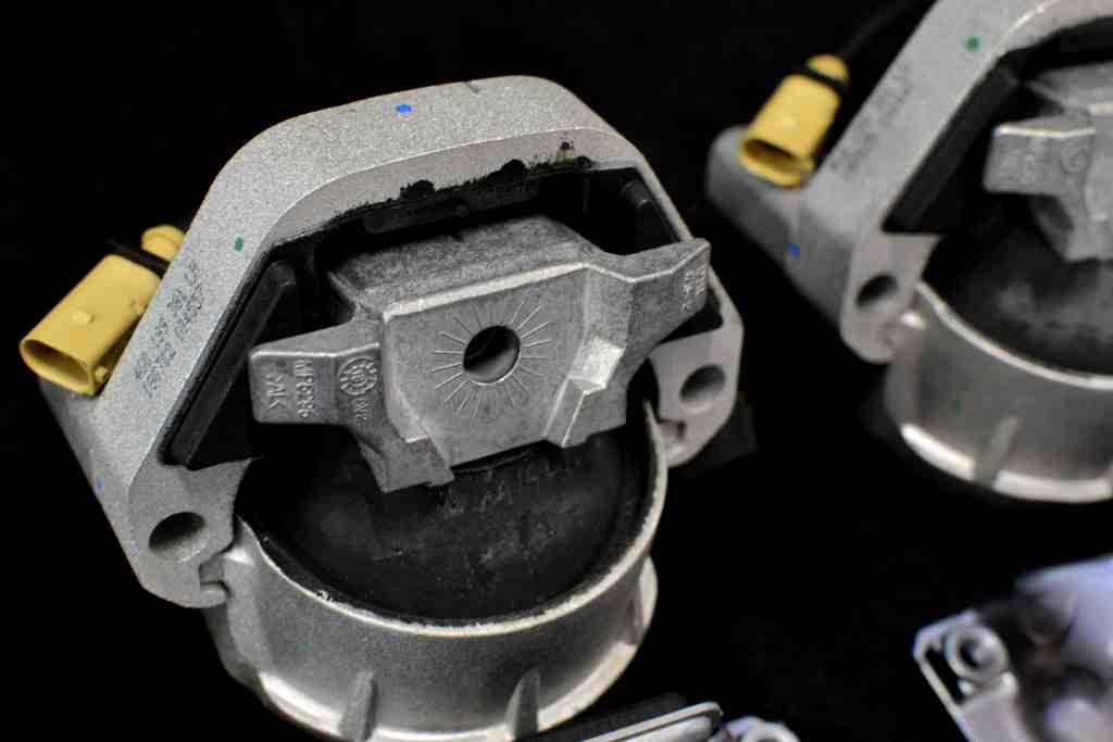 Смяна на тампони двигател и скорости